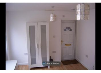 Thumbnail Studio to rent in Farley Hill, Luton