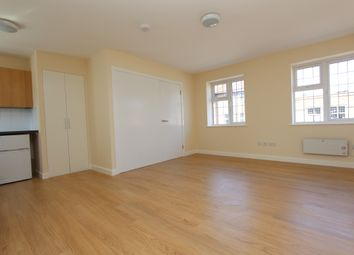 Thumbnail 1 bed flat to rent in Maxwell Road, Beaconsfield