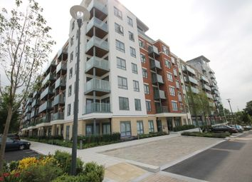 Thumbnail 2 bed flat to rent in East Drive, London