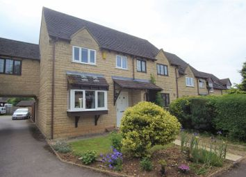 Thumbnail 3 bed property for sale in Farriers Croft, Bussage, Stroud