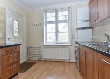 Thumbnail 2 bedroom maisonette to rent in Kings Grove, Maidenhead