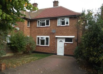 3 bed semi-detached house to rent in Creswick Avenue, Rayleigh SS6