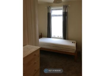 Thumbnail Room to rent in Lambrook Road, Taunton