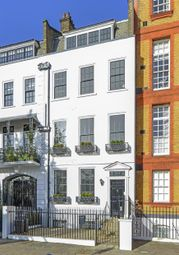 Thumbnail 4 bed property to rent in Cheyne Walk, Chelsea, London