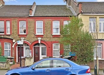 Thumbnail 2 bedroom maisonette for sale in Clementina Road, London