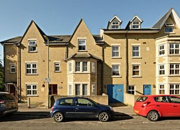 Thumbnail 1 bed flat to rent in Marlborough Road, Oxford