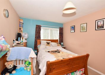 Riverview, Ashford, Kent TN23. 1 bed flat