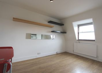 Thumbnail 1 bed flat to rent in Kentish Town Road, Camden Town