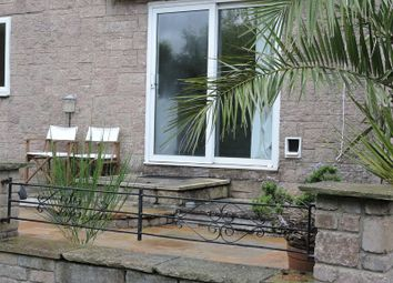 Thumbnail 2 bedroom flat to rent in Richmond Close, Torquay