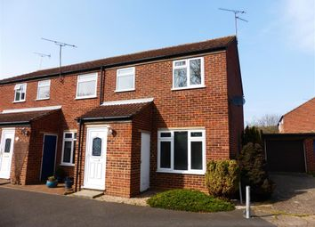 Thumbnail 3 bed property to rent in Varden Close, Chelmsford