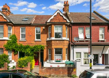 3 bed maisonette to rent in Bollo Bridge Road, London W3
