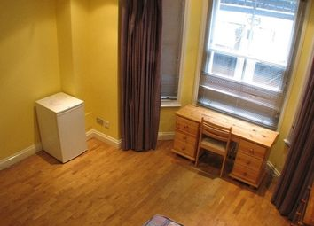 Thumbnail Room to rent in Hogarth Road, London