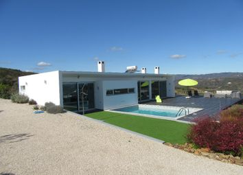 Thumbnail 4 bed villa for sale in Portugal, Algarve, Tavira