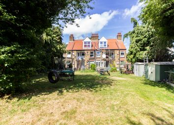 2 bed maisonette for sale in Carlton Avenue, Westcliff-On-Sea SS0