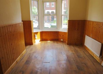 Thumbnail 3 bed flat to rent in Romsey Road, Shirley, Southampton