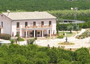 Thumbnail Hotel/guest house for sale in Oliva, 46780, Spain