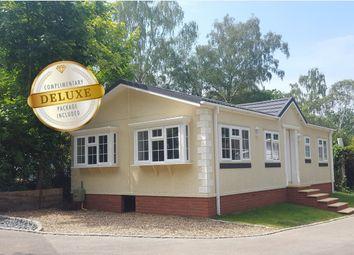 Thumbnail 2 bed mobile/park home for sale in Lne Lane, Lyne Chertsey