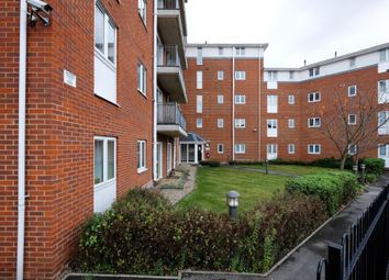 Thumbnail 2 bedroom flat for sale in Blytheswood Place, London