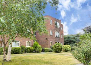 2 bed flat for sale in Lincoln Road, Enfield EN1