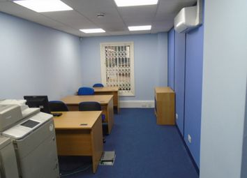 Thumbnail Office to let in Clements Lane, Ilford, Essex