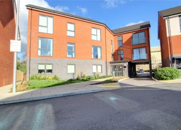 2 bed flat for sale in Greenham Avenue, Reading RG2