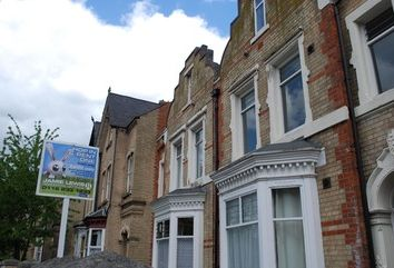 Thumbnail 1 bed flat to rent in Fosse Road Central, Leicester