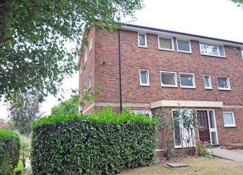 Thumbnail 3 bed maisonette to rent in Hever Close, Maidenhead