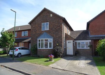 Thumbnail 4 bed link-detached house for sale in Elmcroft Place, Westergate, Chichester