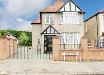 Thumbnail 4 bedroom detached house for sale in Laurel Avenue, Potters Bar