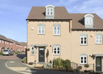 Thumbnail 4 bed town house for sale in Ashington Drive, Arnold, Nottingham