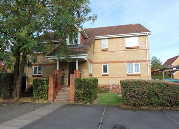 1 bed flat to rent in Mead Court, Egham TW20