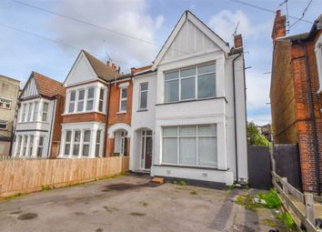 Thumbnail 2 bed flat to rent in Ceylon Road, Westcliff On Sea, Essex