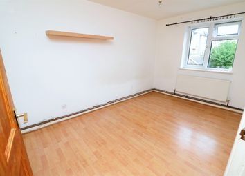 Thumbnail 2 bed flat to rent in Quilter Close, Luton