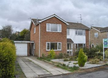 Thumbnail 4 bed detached house to rent in Wauldby View, Swanland, North Ferriby