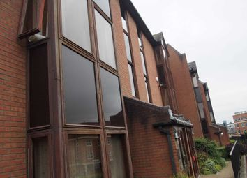 Thumbnail 1 bedroom flat to rent in Buckingham Place, Bellfield Road, High Wycombe