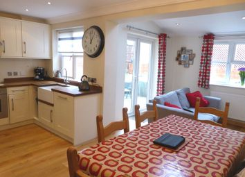 Thumbnail 4 bed link-detached house for sale in Brimstone Walk, Northchurch, Berkhamsted
