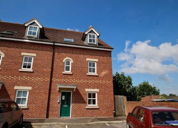Thumbnail 2 bedroom flat for sale in Coachmans Yard, Glastonbury