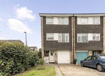 Thumbnail 4 bed property for sale in Leafield Close, London