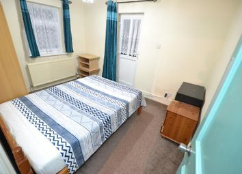 Thumbnail Room to rent in Fortune Green Road, London
