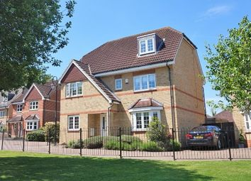 Thumbnail 5 bedroom detached house for sale in Wellsfield, Bushey