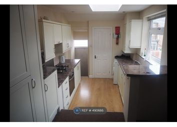 Thumbnail 6 bed maisonette to rent in Newlands Road, Newcastle Upon Tyne