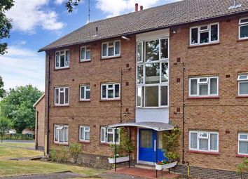 Thumbnail 2 bed flat for sale in Stanmore Gardens, Sutton, Surrey