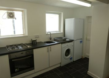 Thumbnail Room to rent in Trafalgar Place, Old Town, Bideford
