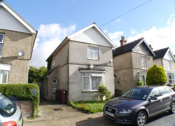 Thumbnail 1 bed flat to rent in Williams Road, Bosham