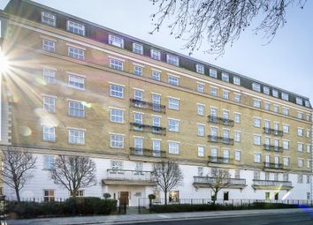 Thumbnail 2 bedroom flat to rent in Clapham Park Road, London