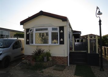 Thumbnail 1 bed mobile/park home for sale in Pooles Lane, Hullbridge, Hockley