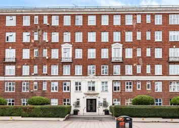 Brixton Hill, London SW2. 1 bed flat for sale