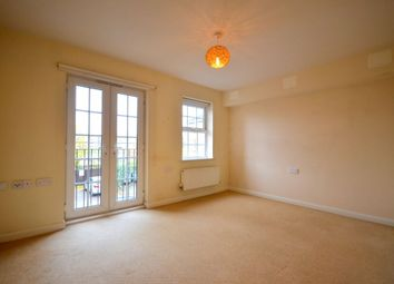 2 bed flat to rent in Lion Court, Southbridge, Northampton NN4