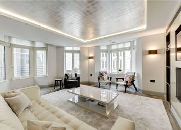 Thumbnail 2 bed flat to rent in St James's Place, London