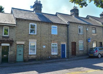 Thumbnail 2 bed detached house to rent in Queens Road, Royston, Herts